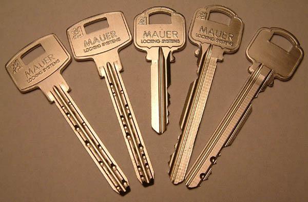 mauer keys ... looong keys