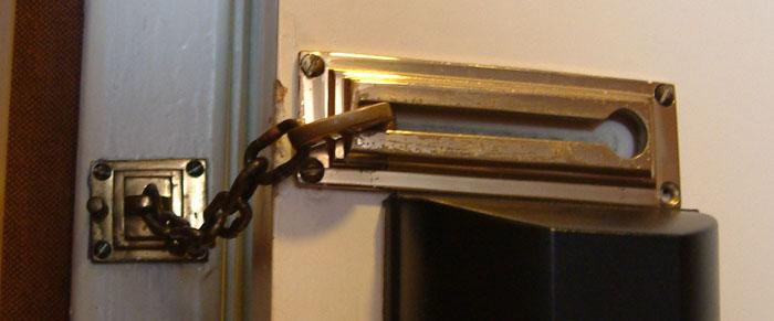 Enchanting Door Lock And Chain Gallery - Exterior ideas 3D - gaml.us ...